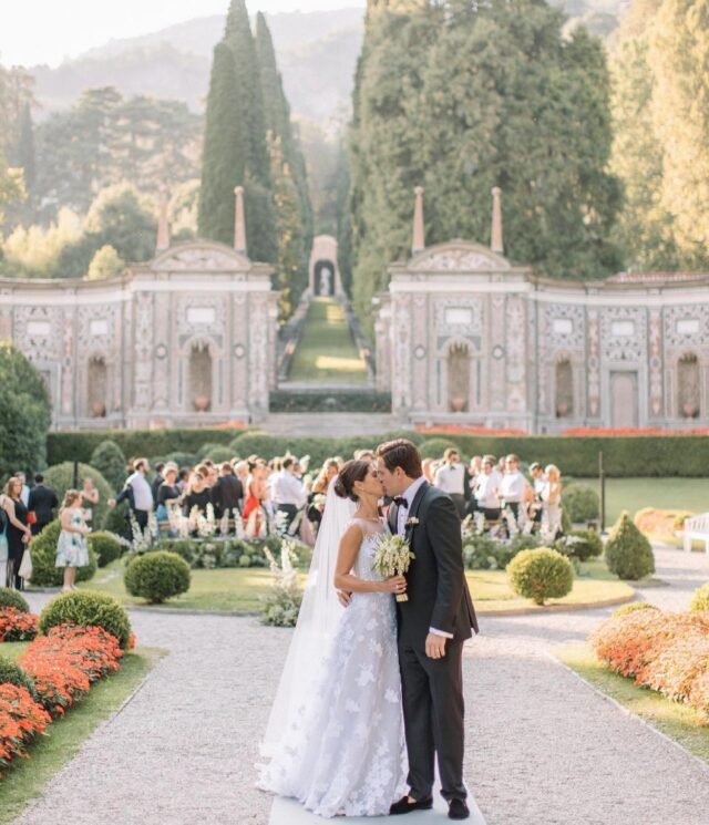 @hollyclarkphotography's beautiful photos from a 3-day wedding celebration we designed at @villadestelakecomo 🤍 #lakecomoweddings #lakecomoweddingplanner #villadestelakecomo #weddinginspo #lakecomo